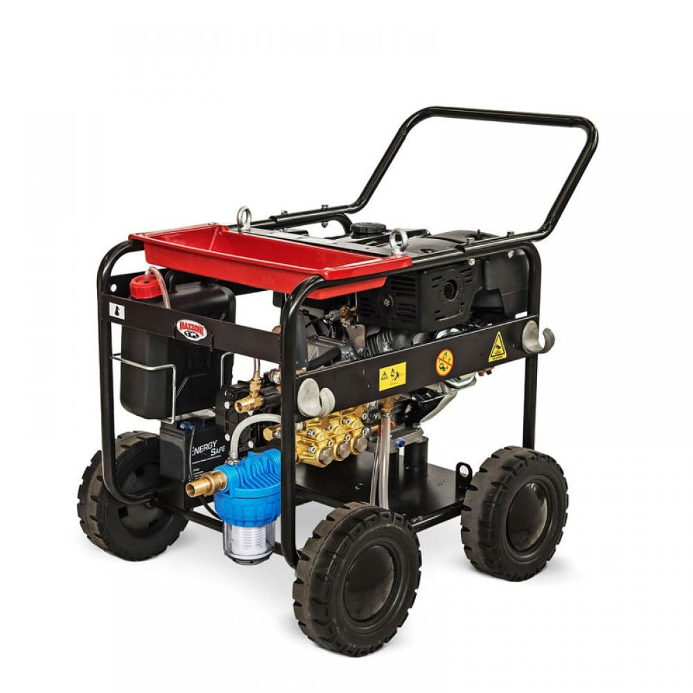 Máy rửa xe cao áp Mazzoni được thiết kế mở có 4 bánh xe