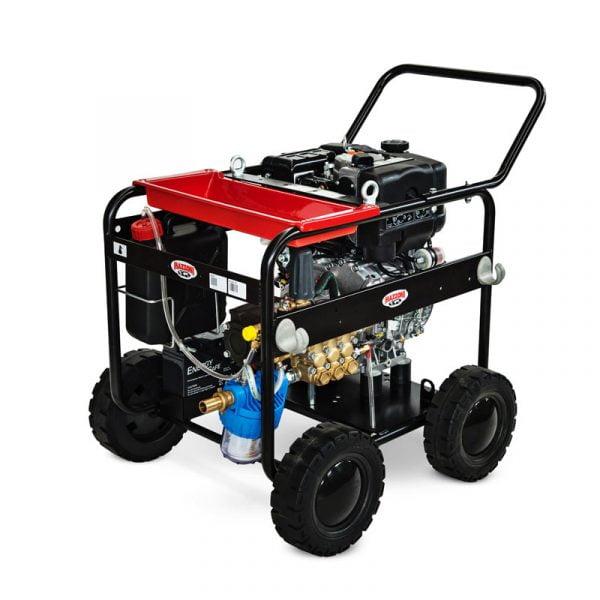Máy rửa xe cao áp Mazzoni KD4000 có động cơ chạy bằng xăng